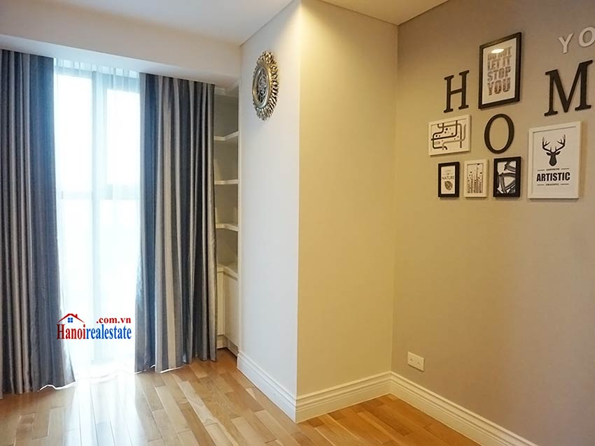 Modern apartment to let in Hoang Thanh Tower, Hai Ba Trung, Hanoi 8