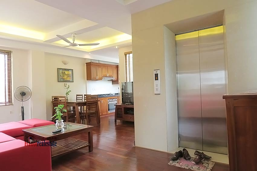 Modern apartment to rent in Hoan Kiem, 02 bedrooms, fully furnished 1
