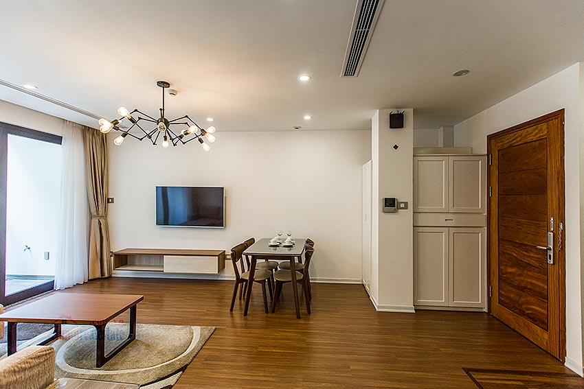 Modern apartment with 02 beds in Tay Ho, next to Somerset West Point 15