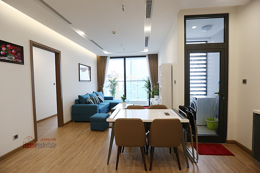 Modern design apartment with 02 beds in Vinhomes Metropolis, Lieu Giai street 1