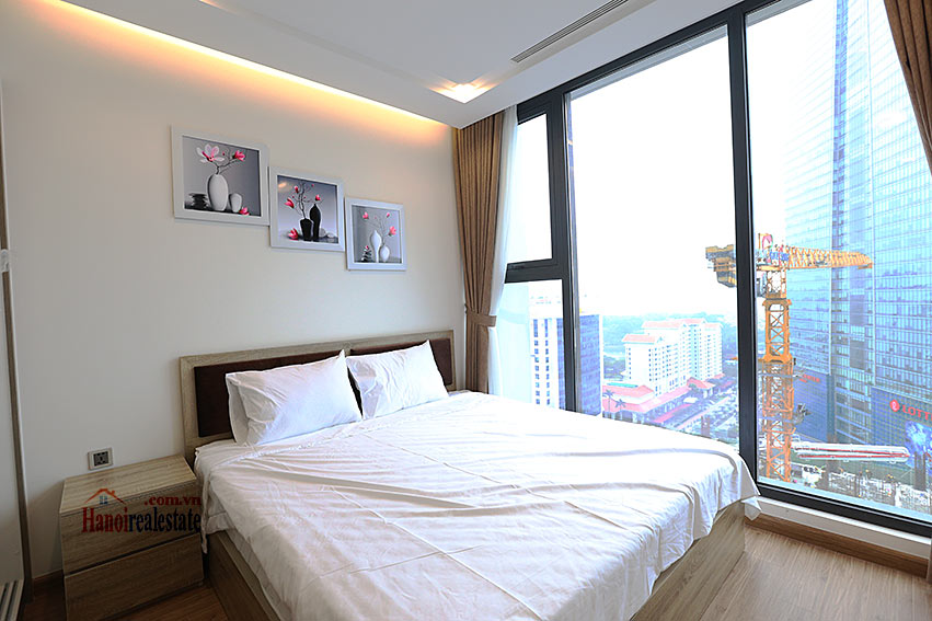 Modern design apartment with 02 beds in Vinhomes Metropolis, Lieu Giai street 8