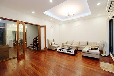 Modern & furnished house to rent in Xom Chua with green terrace
