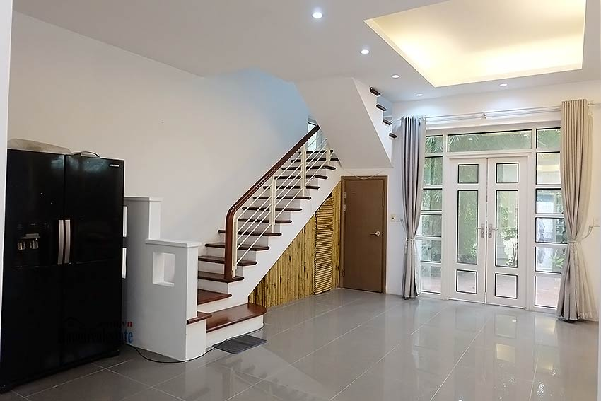 Modern house to let in Tay Ho Westlake with garden and top floor terrace 6