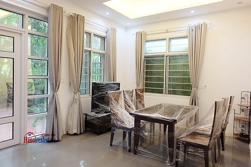 Modern house to let in Tay Ho Westlake with garden and top floor terrace 7