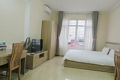 Modern studio in Quan Ngua, Ba Dinh, fully furnished