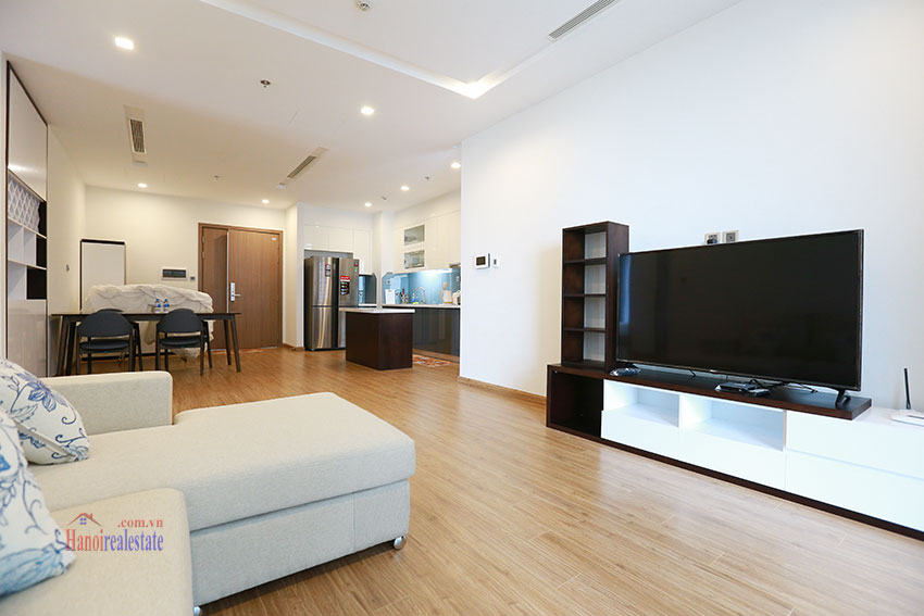 Modern style apartment with 3 bedrooms at Vinhomes Metropolis 4