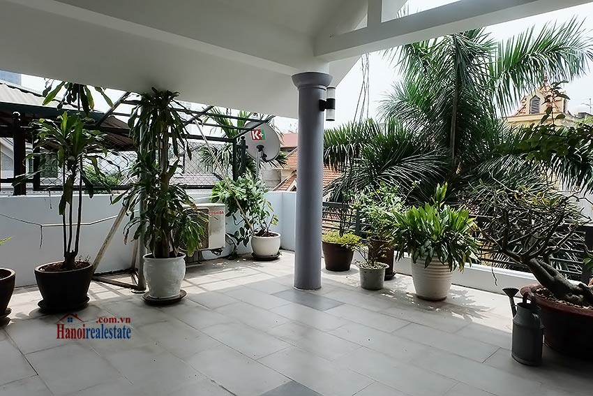 Modern unfurnished 03 bedroom house to let in Tay Ho, Hanoi, Vietnam 16