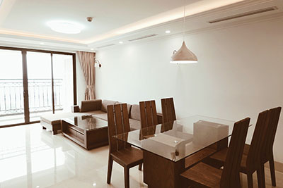 Modern, Walnut style 03 bedroom apartment for rent in D Le Roi Soleil