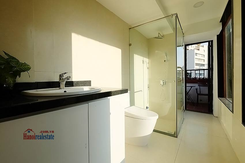 Modern-2 bedroom apartment to rent on Ly Thuong Kiet, Hoan Kiem 7