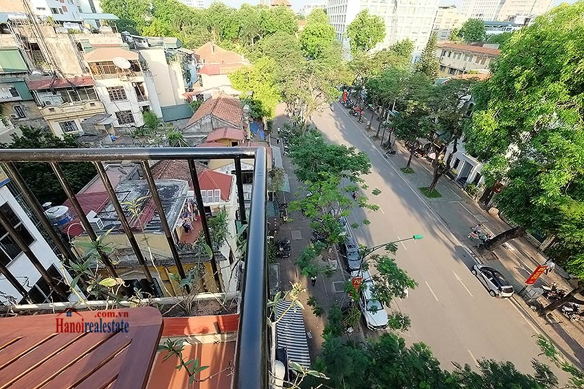 Modern-2 bedroom apartment to rent on Ly Thuong Kiet, Hoan Kiem 1