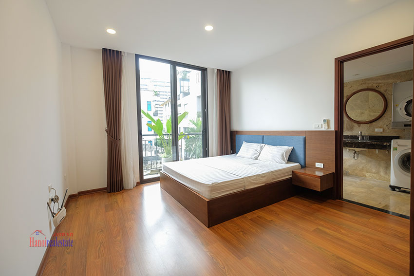 New 02 bedroom apartment with cheap price at 31 Xuan Dieu 14