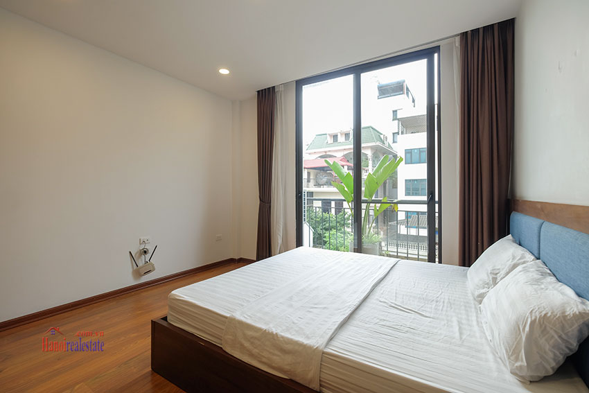 New 02 bedroom apartment with cheap price at 31 Xuan Dieu 17