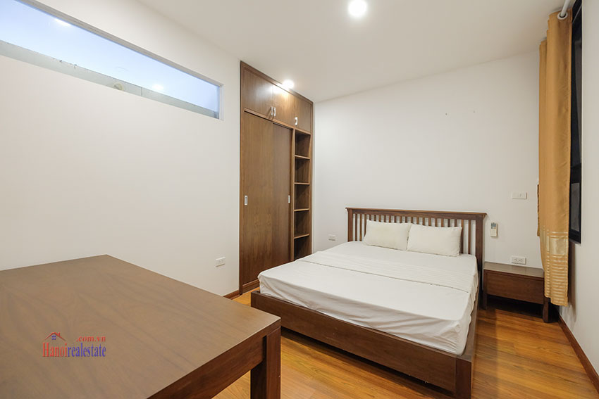 New 02 bedroom apartment with cheap price at 31 Xuan Dieu 19