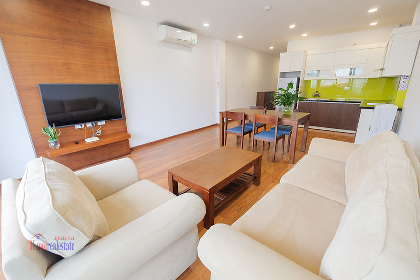 New 02 bedroom apartment with cheap price at 31 Xuan Dieu 2