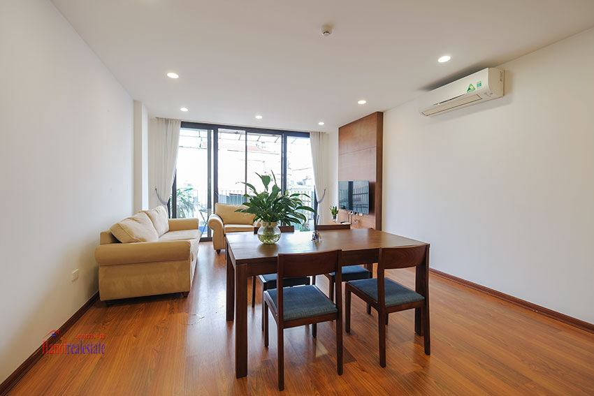 New 02 bedroom apartment with cheap price at 31 Xuan Dieu 5