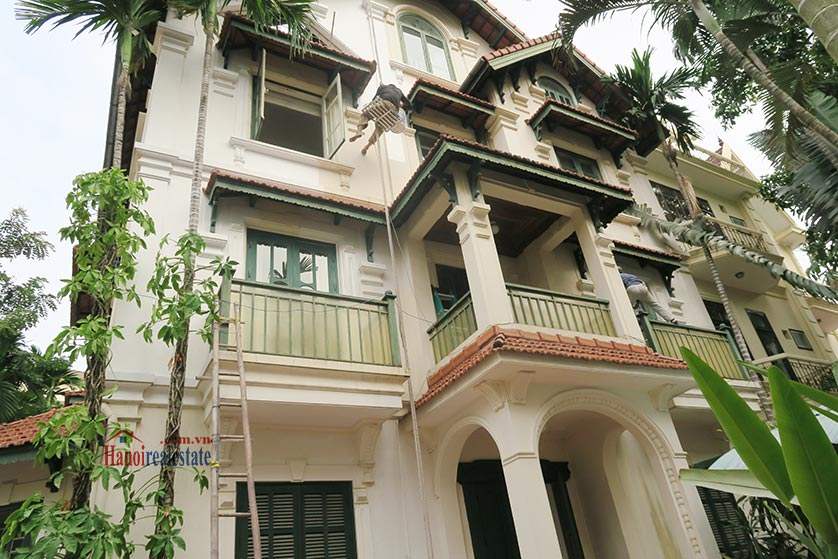 Newly renovated 05BRs villa at To Ngoc Van St with swimming pool 1
