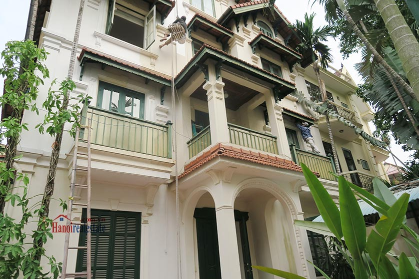Newly renovated 05BRs villa at To Ngoc Van St with swimming pool 3
