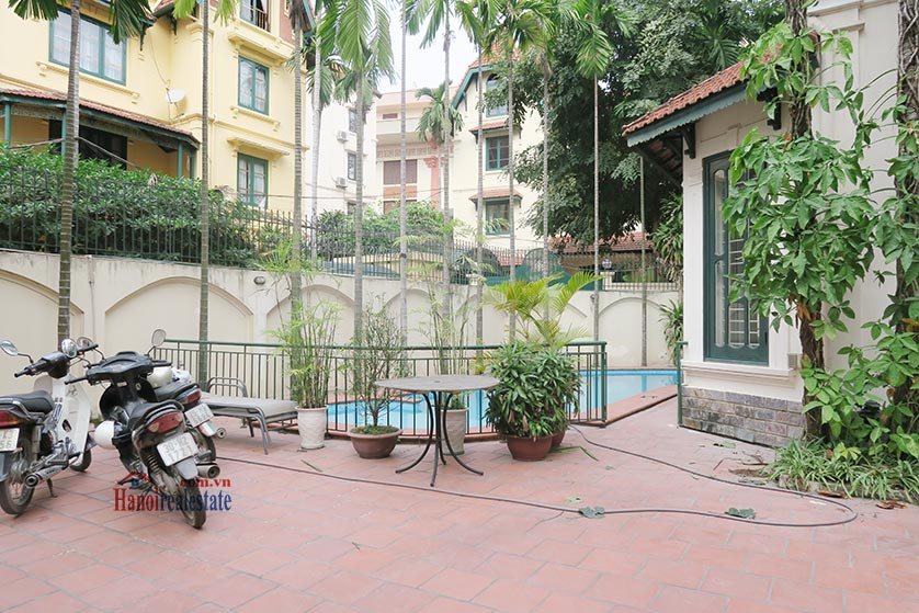 Newly renovated 05BRs villa at To Ngoc Van St with swimming pool 4