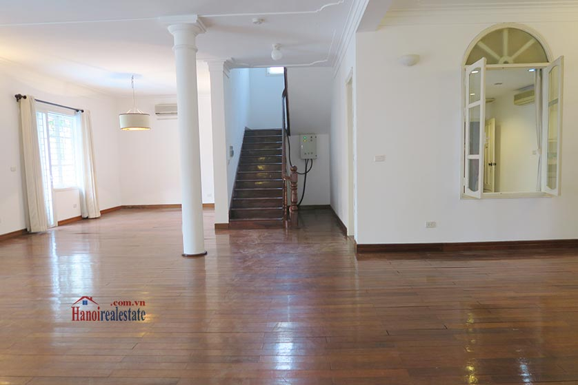 Newly renovated 05BRs villa at To Ngoc Van St with swimming pool 10