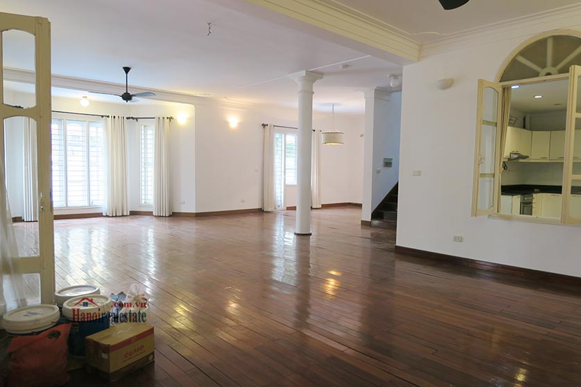 Newly renovated 05BRs villa at To Ngoc Van St with swimming pool 11