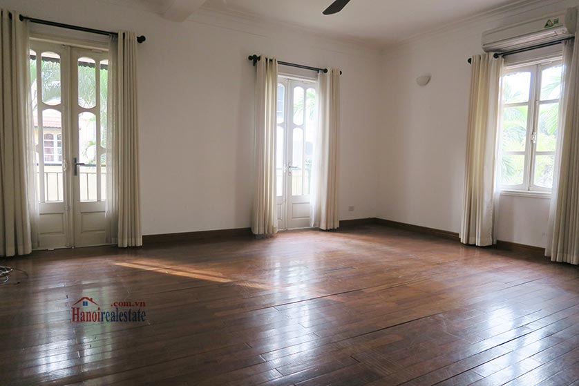 Newly renovated 05BRs villa at To Ngoc Van St with swimming pool 18