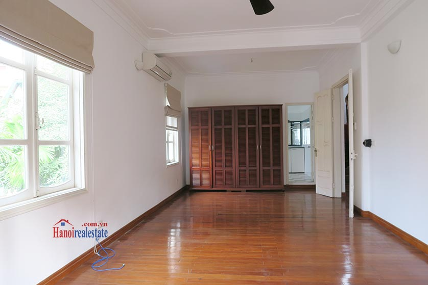 Newly renovated 05BRs villa at To Ngoc Van St with swimming pool 24