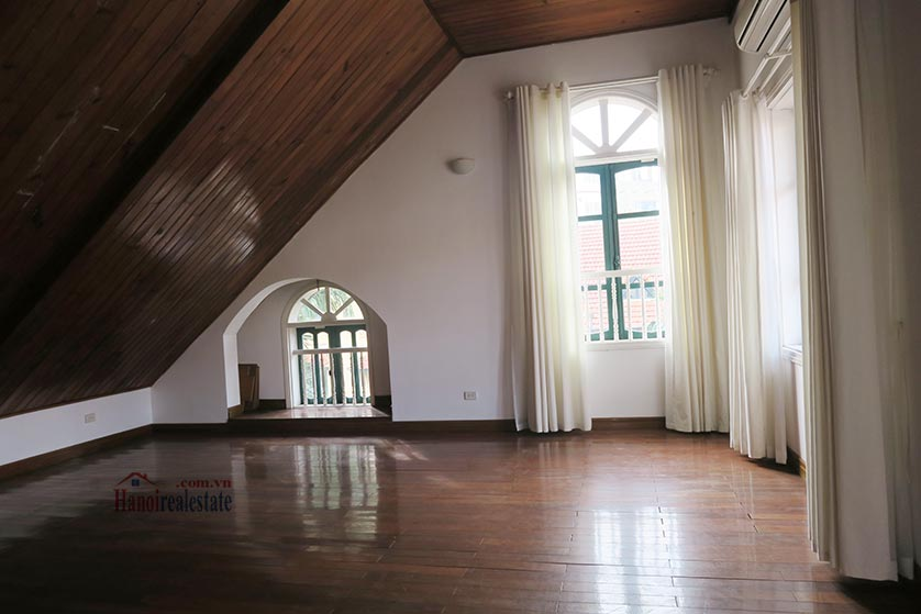 Newly renovated 05BRs villa at To Ngoc Van St with swimming pool 34