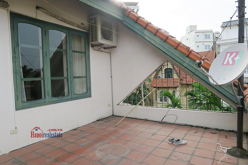 Newly renovated 05BRs villa at To Ngoc Van St with swimming pool 36