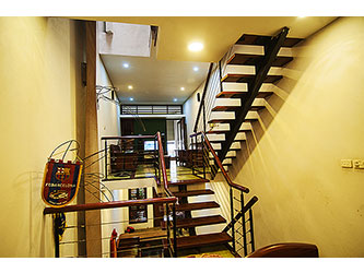 Beautiful 4-storey house, 3 bedrooms, modern furniture in Cau Giay Hanoi