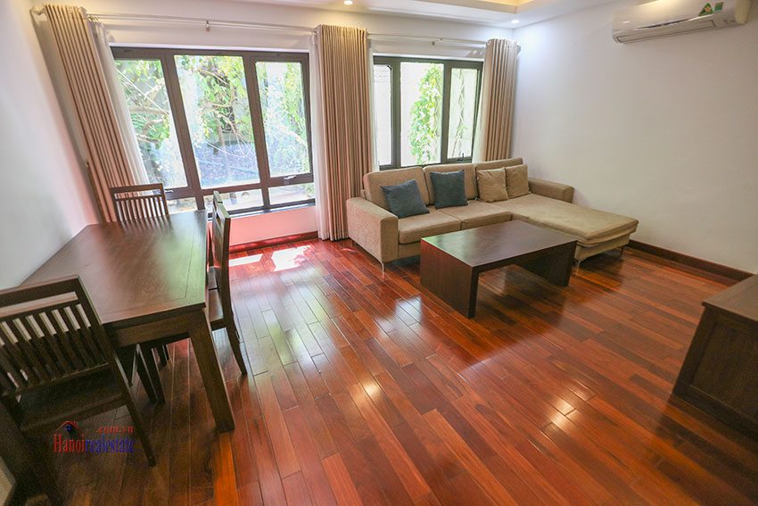 Nice 02 bedroom apartment on Tay Ho Road, near West Lake 1