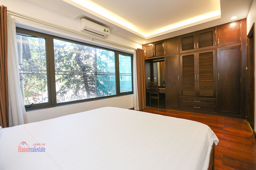 Nice 02 bedroom apartment on Tay Ho Road, near West Lake 9