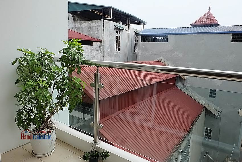 Nice 02BR apartment in Hoang Hoa Tham, Ba Dinh, close to Westlake 15