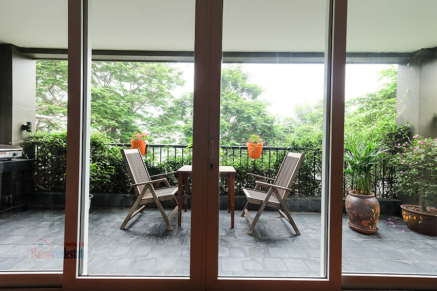 Nice balcony apartment in Westlake area, facing to the lake 9