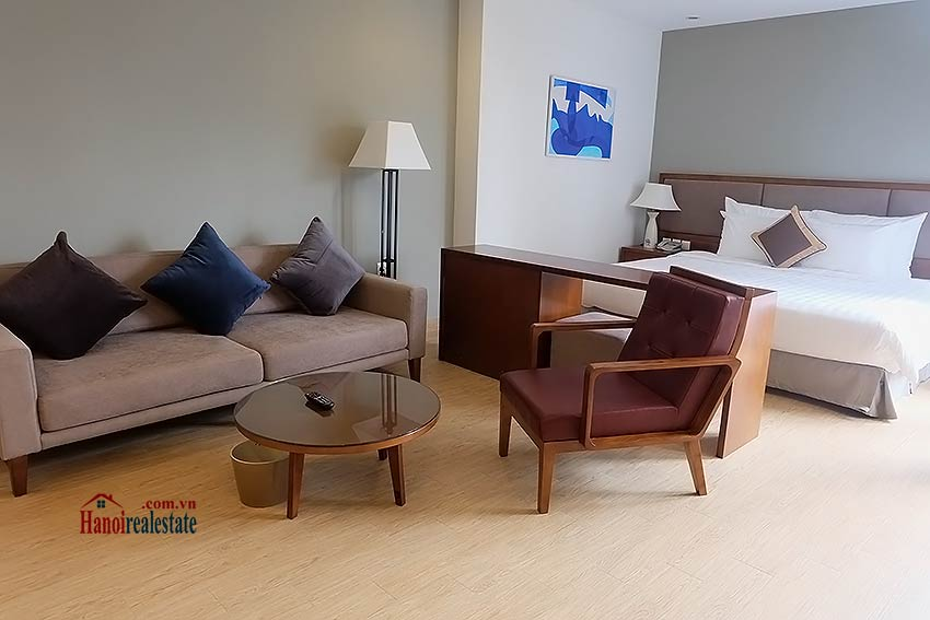 Open and spacious serviced studio in Dong Da District 1