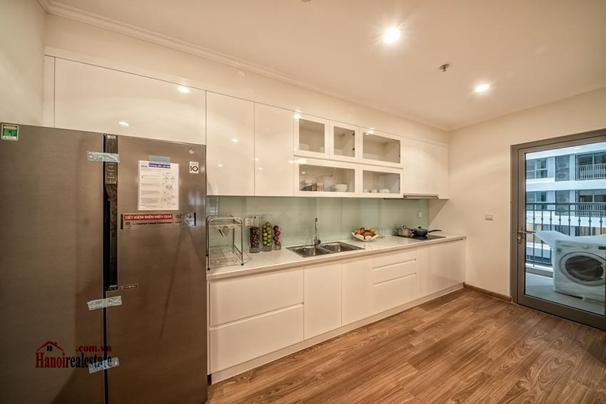 Park Hill Premium: brand new 03BRs apartment, bright and airy 4