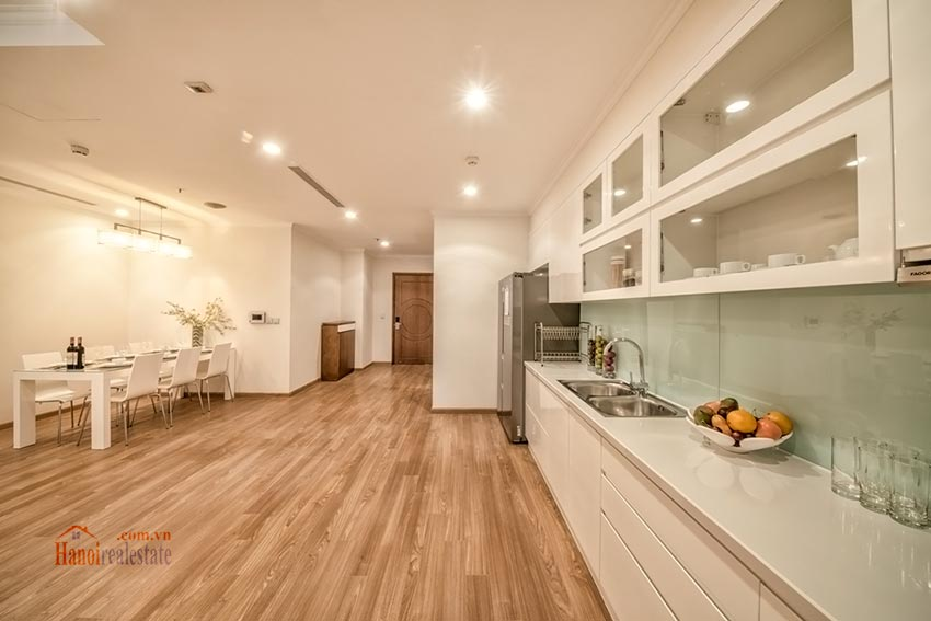 Park Hill Premium: brand new 03BRs apartment, bright and airy 5