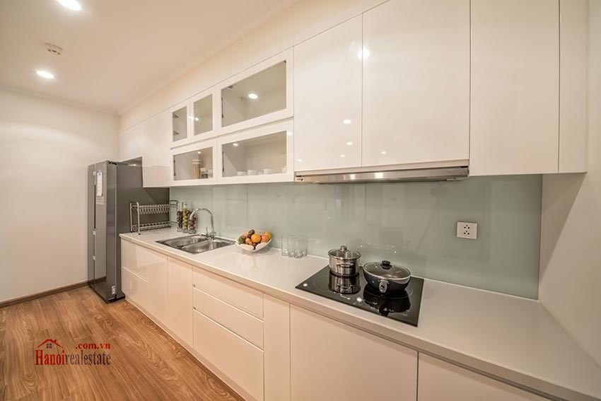 Park Hill Premium: brand new 03BRs apartment, bright and airy 6