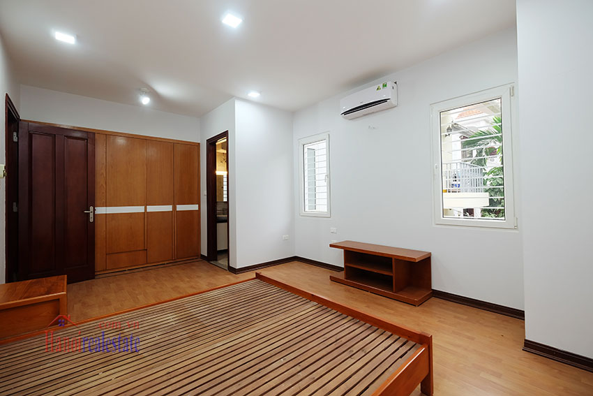 Partly furnished 4-bedroom house on Dang Thai Mai to rent 18