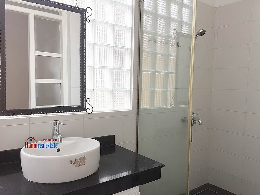 Partly furnished house for rent in Hai Ba Trung, 03BRs and big terrace 15