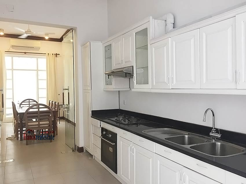 Partly furnished house for rent in Hai Ba Trung, 03BRs and big terrace 6