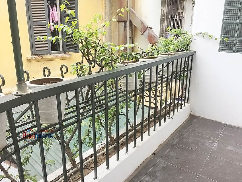 Partly furnished house for rent in Hai Ba Trung, 03BRs and big terrace 8