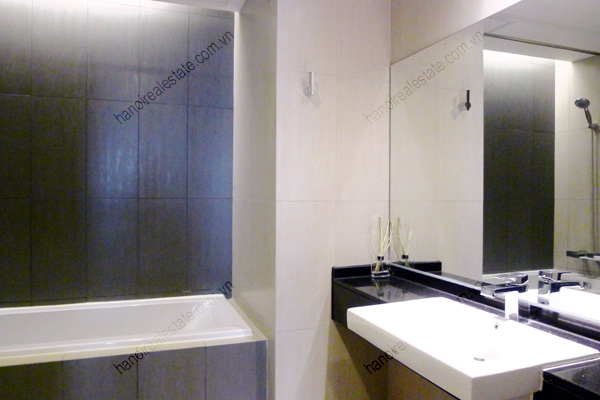 Perfect 3 Bedroom Furnished Apartment for rent in Lancaster Hanoi 16