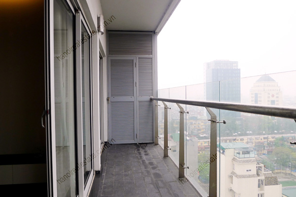 Perfect 3 Bedroom Furnished Apartment for rent in Lancaster Hanoi 6