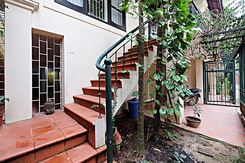 Quiet House In Tay Ho with open ground floor, overlooking West Lake 2