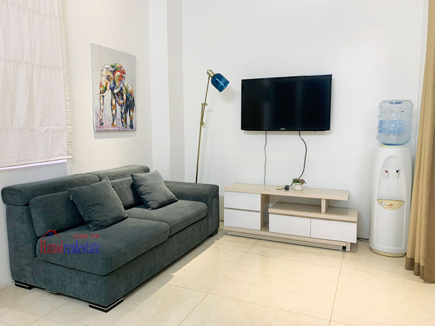 Quiet, nice one bedroom apartment for rent in Thuy Khue street 2