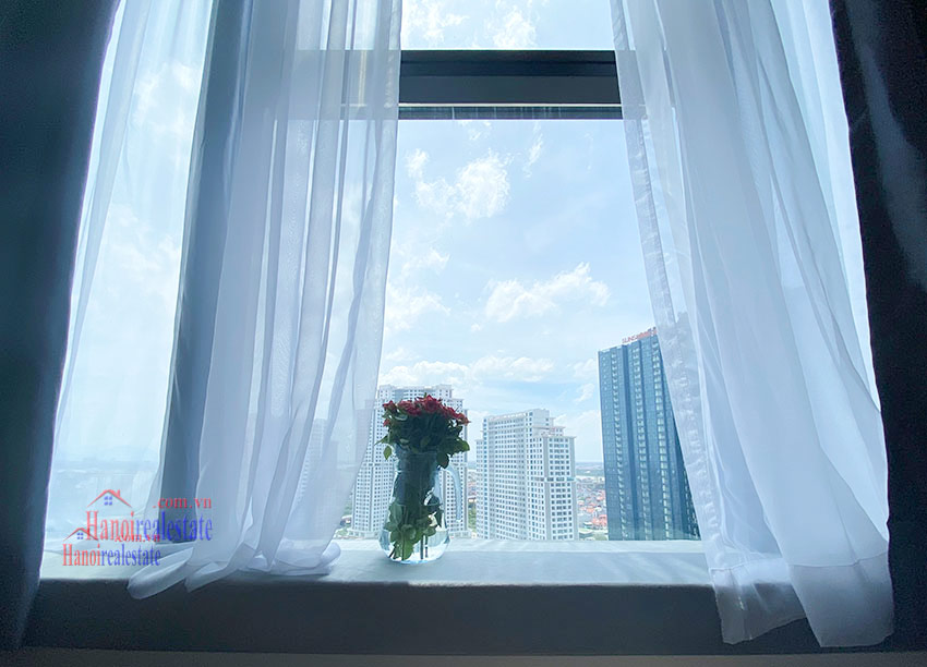 Reasonable price 03BRs apartment on high floor at S5 Sunshine City 11