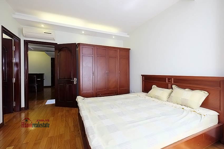 Reasonable price 1 bedroom apartment for lease in Hoan Kiem, Hanoi 8