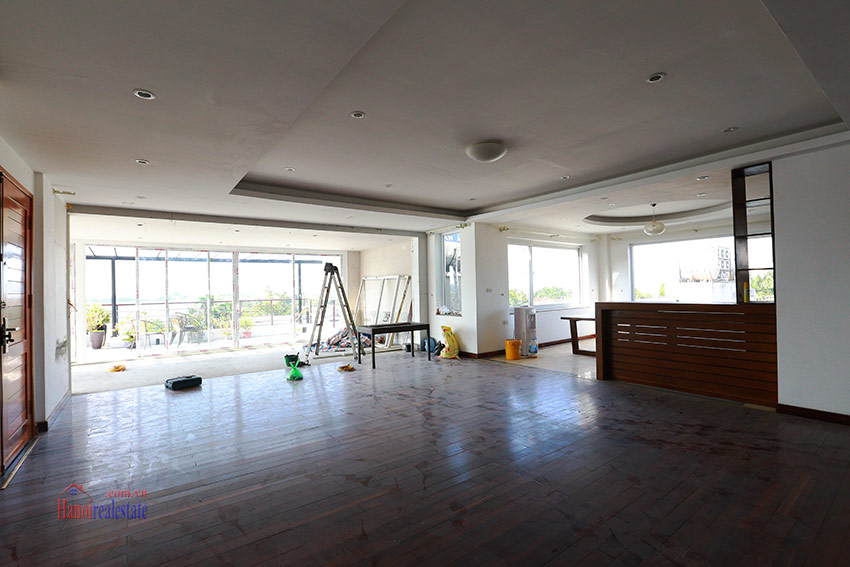 RENOVATING lake front 04BBRs apartment in Quang Khanh, nice terrace 1