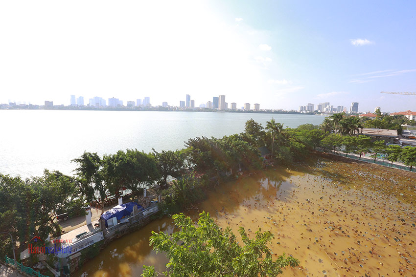 RENOVATING lake front 04BBRs apartment in Quang Khanh, nice terrace 6