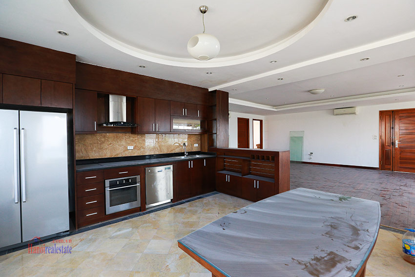 RENOVATING lake front 04BBRs apartment in Quang Khanh, nice terrace 8